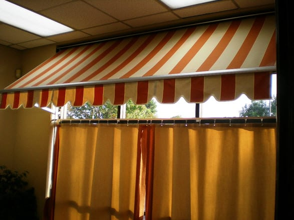 Sark Custom Awnings - Restractable Awning (4)