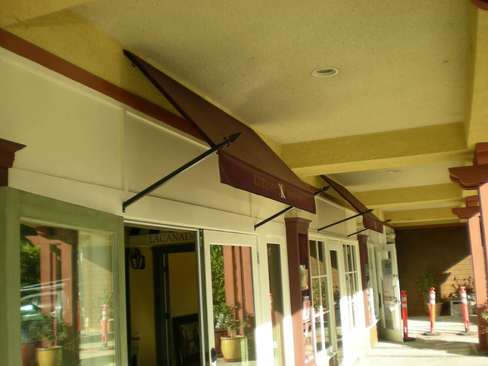Sark Custom Awnings - Spear Style Awning (4)